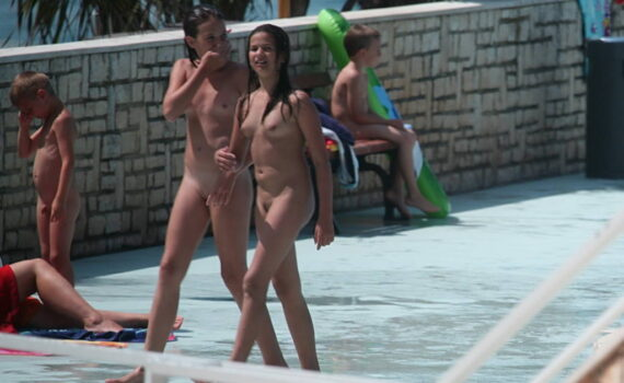 Nudists and naturist photos